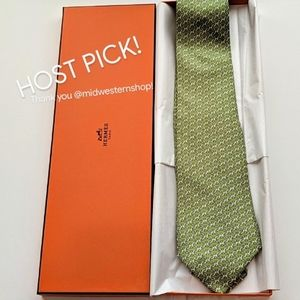 AUTHENTIC HERMES Silk Equestrian Link H Tie in Box